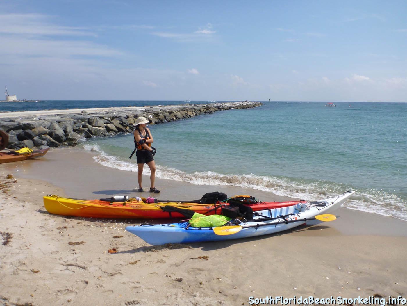 South_Side_Jetty_of_Port_of_Palm_Beach-southfloridabeachsnorkeling.info-01.jpg